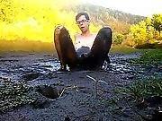 Nude Cold Mud Play