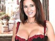 Hot Wife Rio Solo2