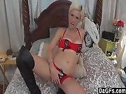 Slutty Mommy Bangs Young Guy