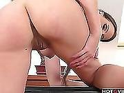 Eurobabe Using Her Vibrator To Orgasm
