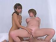 Darla Crane And Riley Reid Amazing Threesome Session