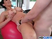 Huge Butt Bella Reese Loves Huge Dicks