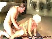 Mature granny moans during hardcore fuck