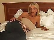 Big Tit Mature Milf In A Creampie Gangbang