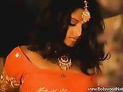 Erotic Snake Handler Milf From India