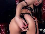 Riley Princess Is Only For Real Men, Her Pussy Is A Privilege Not For Betas