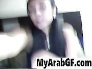 Arabic Girl Gives Hot Webcam Show