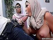 Muslim Stepmom Julianna Vega And Teen Kia Khalifa Share Bf S Dick Full