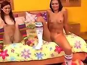Z44b 295 Gathering Lesbian Teens 2 B