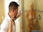 Kris Hot Mom