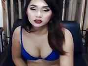 Beautiful Shemale Hottie Faps Her Jock On Livecam