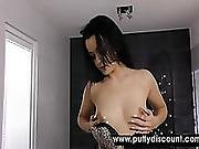 Raven Haired Girl Uses Her Pearl Necklace For Pleasing