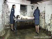tortyr