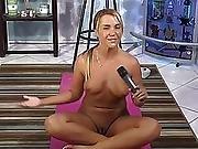 Jenny Scordamaglia Naked Yoga 1