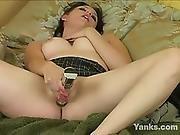 Yanks Hottie Luna Kauphen Exposed