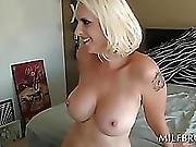 Curvy Hot Mom Fucks And Eats Black Pecker