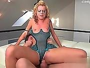 ass ,  big ass,  couple,  house,  housewife,  wife