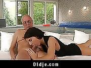 Lilu Sucks Old 10-pounder And Acquires Anal Pumped