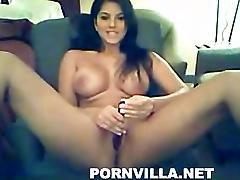 Sunny Leone Masturbates On Webcam