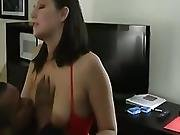 Thick Hotwife Is Red Hot