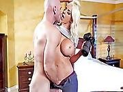 Private Detective Milf Ends Up Fucked After Getting Busted
