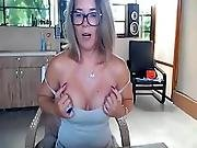 Cougar Horny Mother Live Camshow Flashing