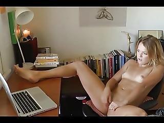 dater, finger, onani, brystvorte, fede brystvorter, små bryster, voyeur