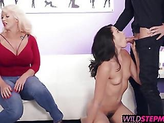 Alura Jenson Steps In And Begins Showing Avi Love The Ropes