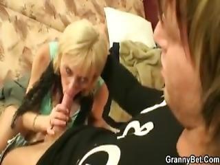 Isoäiti, Mummo, Vanha, äiti, äiti, Vanha, Prostituoitu