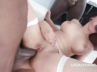Jolee Love Gets Fucked By 5 Big Black Cocks