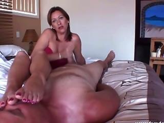 Mistress Di Foot Worship And Blowjob