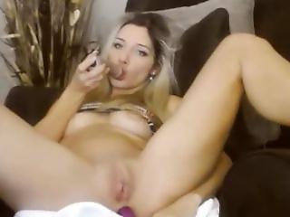 Sexy Blonde Webcam Girl (lindy) Nosound