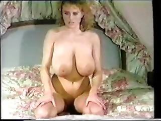 Big Tits: Geil & Griffig (199x) Vhsrip