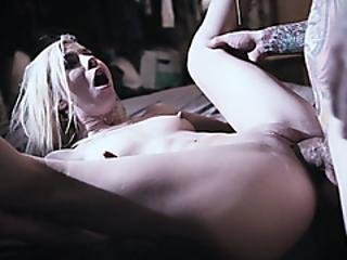 Petite Stepsister Begging For Fucking To Stepbrother