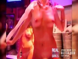 Fully Nude Sorority Sister Pussy Popping At Spring Break