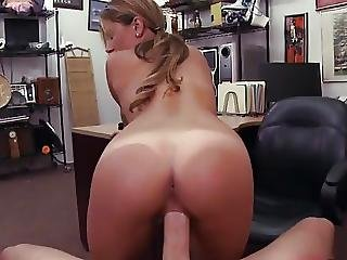Money Talks To Waitress