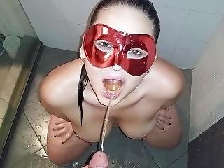 Pame Golden Shower 3