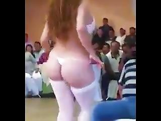 Arsch, Luder, Fetter Arsch, Tanzend, Fetisch, Latina, Unterwäsche, Realität, Sexy