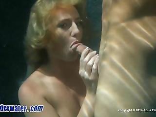 Payton Simmons Underwater