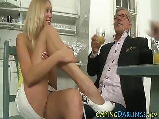Cute Assed Babes Feet Jizzed After Giving Sexy Footjob In Hd