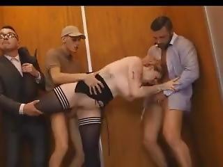 anál, velké dudy, dvojité vniknutí, výtah, gangbang, vniknutí, pornohvězda