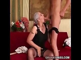 amatoriale, nonna, nonnina, pelosa, matura, madre, vecchi, sesso, giovane