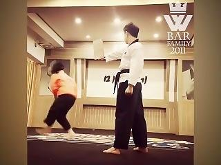 Awesome Korean Taekwondo Girl