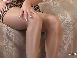 Shiny Pantyhose Annette.mp4 18.57 Mb Upload In Progress, Please Fill Out Th