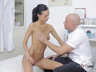 Slutty Martina Visits And Sucks Dirty Doctor