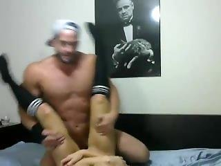 Athletic Couple Fingers Ass At Hardbodycams.com