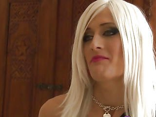 Transsexual Hooker Swallows