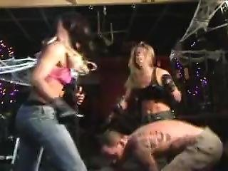 Hot Girls In Tight Jeans & Brutal Beatdown