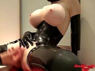 Latex Lucy In The Tub