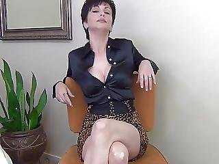 Dirty Mommy Wants Your Cum In Her Cunt